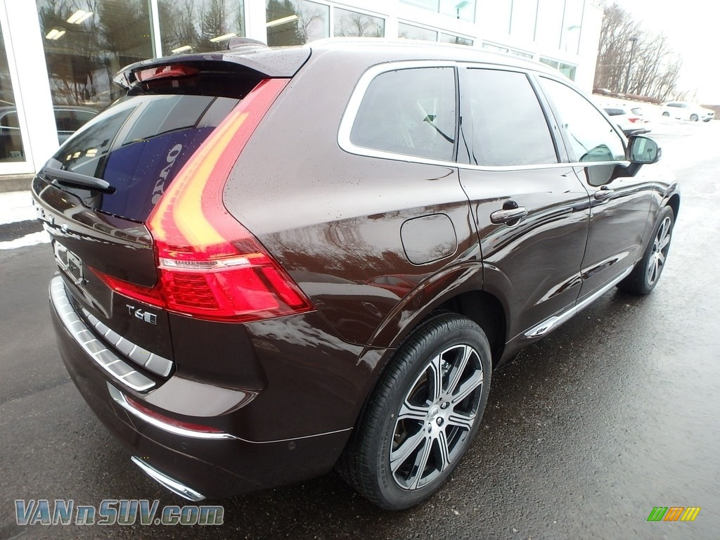 2018 XC60 T6 AWD Inscription - Maple Brown Metallic / Blonde photo #2