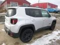 Jeep Renegade Latitude 4x4 Glacier Metallic photo #5