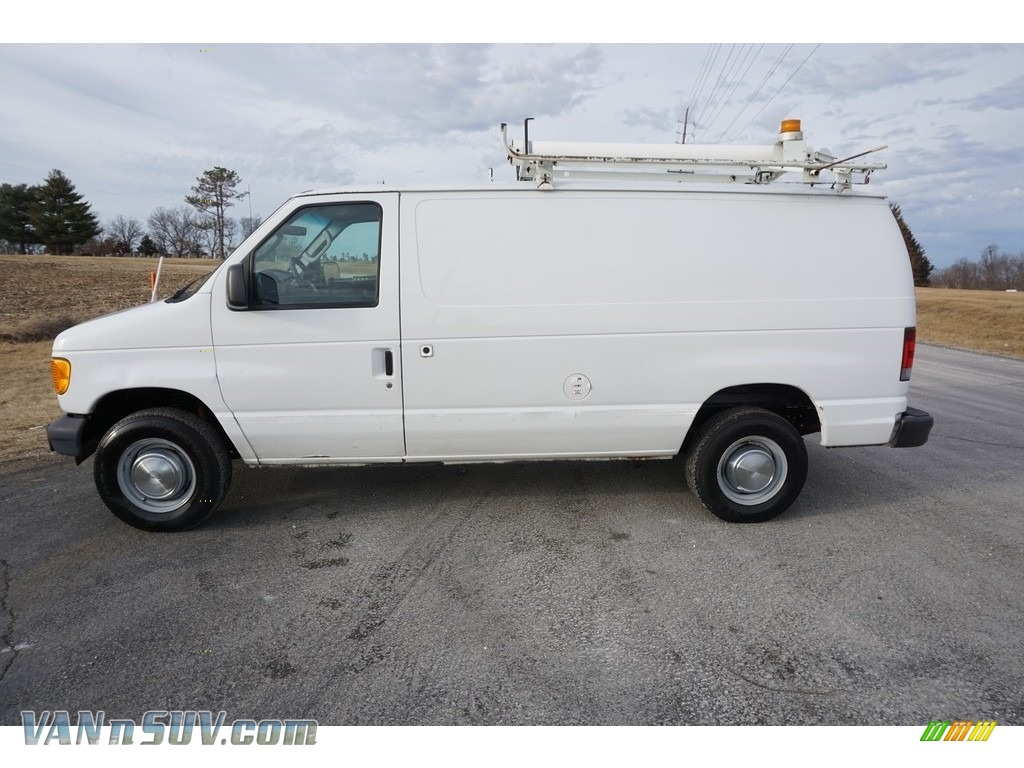 Oxford White / Medium Flint Grey Ford E Series Van E250 Commercial