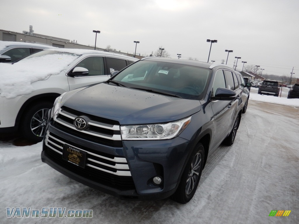 2018 Highlander XLE AWD - Shoreline Blue Pearl / Black photo #1