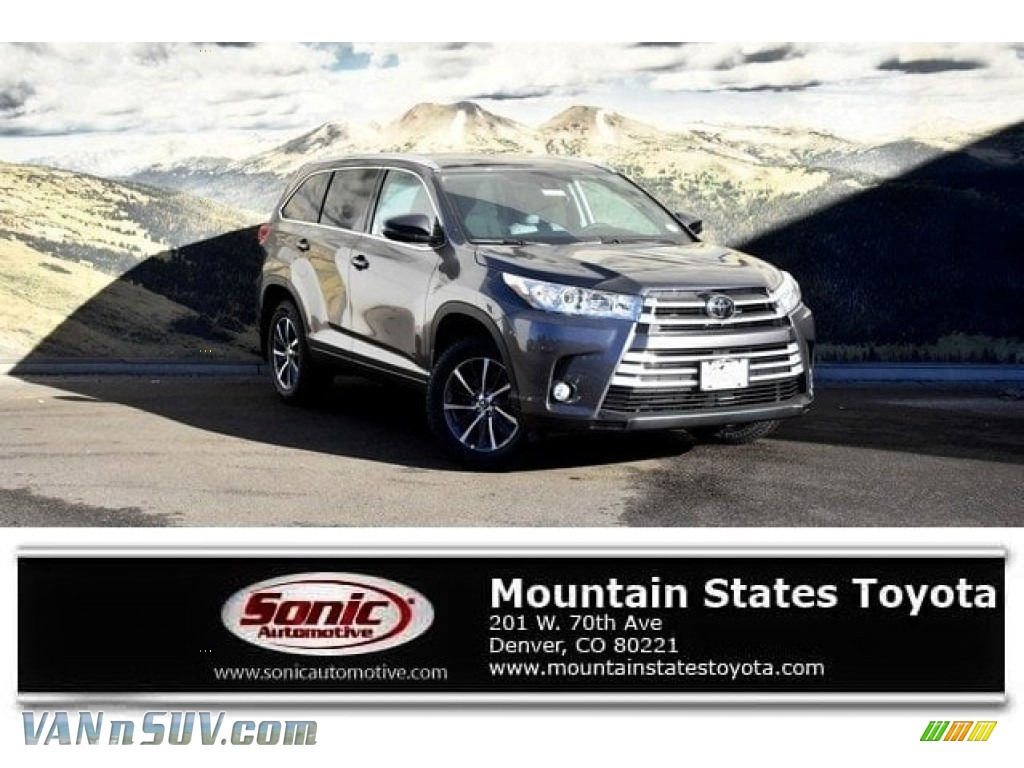 2018 Highlander XLE AWD - Predawn Gray Mica / Ash photo #1