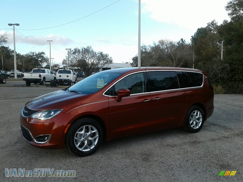Copper Pearl / Black/Alloy Chrysler Pacifica Touring Plus