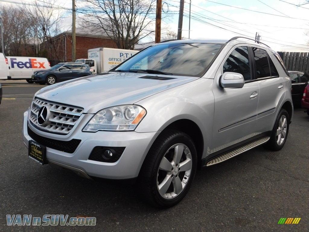 2009 ML 350 4Matic - Iridium Silver Metallic / Black photo #1