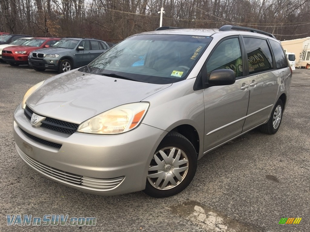 Desert Sand Mica / Stone Gray Toyota Sienna LE