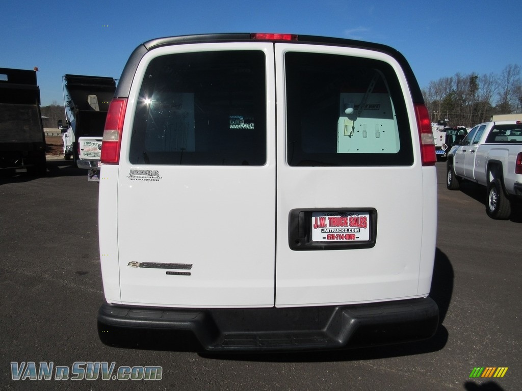 2012 Express 1500 Cargo Van - Summit White / Medium Pewter photo #4