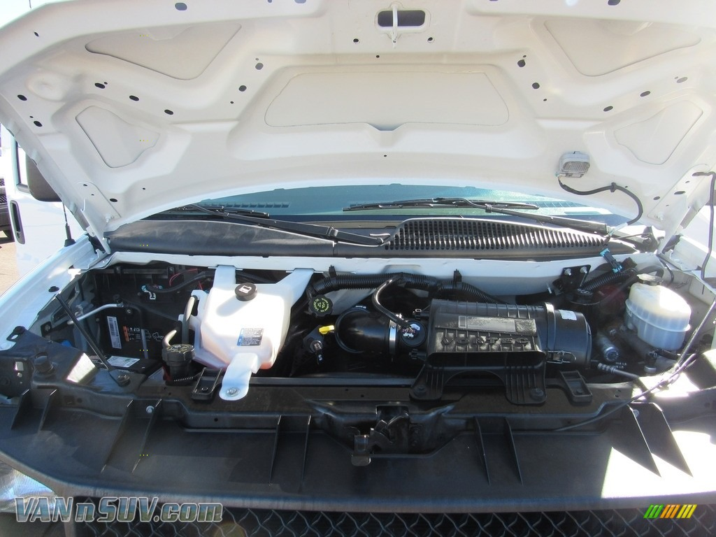 2012 Express 1500 Cargo Van - Summit White / Medium Pewter photo #31