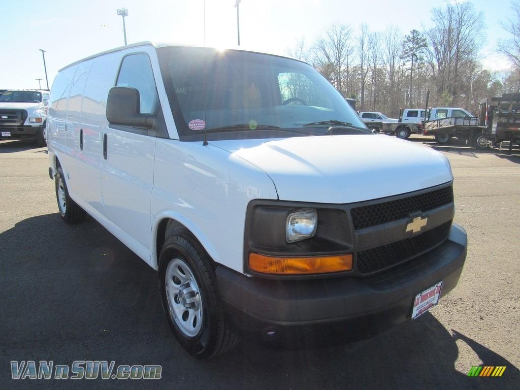 2012 Express 1500 Cargo Van - Summit White / Medium Pewter photo #42