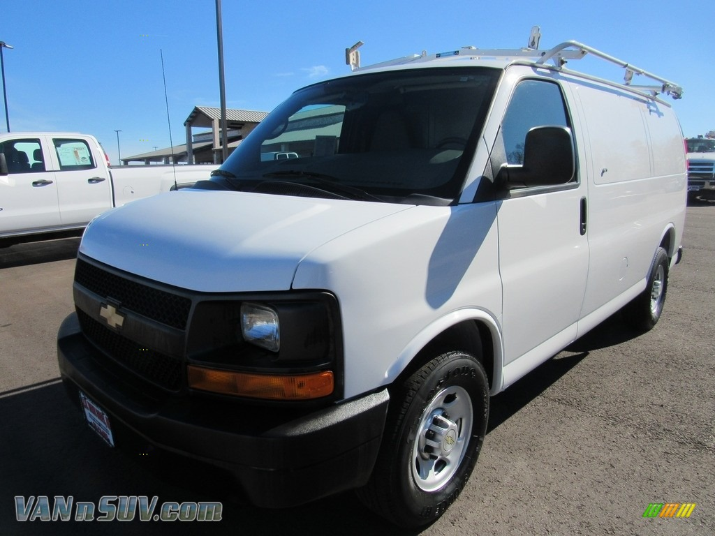 2010 Express 2500 Work Van - Summit White / Medium Pewter photo #1