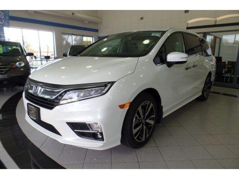 White Diamond Pearl 2018 Honda Odyssey Elite