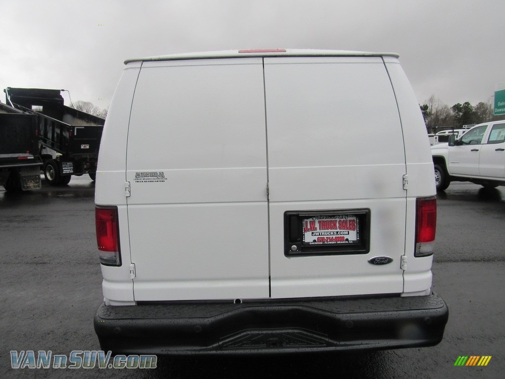 2012 E Series Van E150 Cargo - Oxford White / Medium Flint photo #4