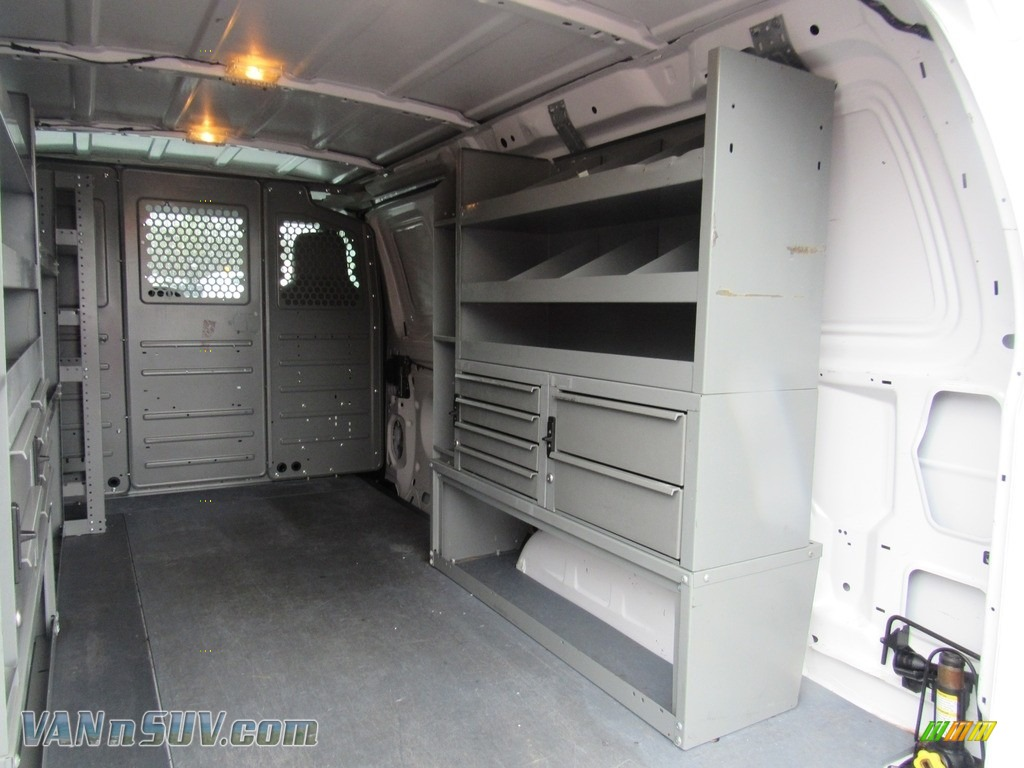 2012 E Series Van E150 Cargo - Oxford White / Medium Flint photo #12