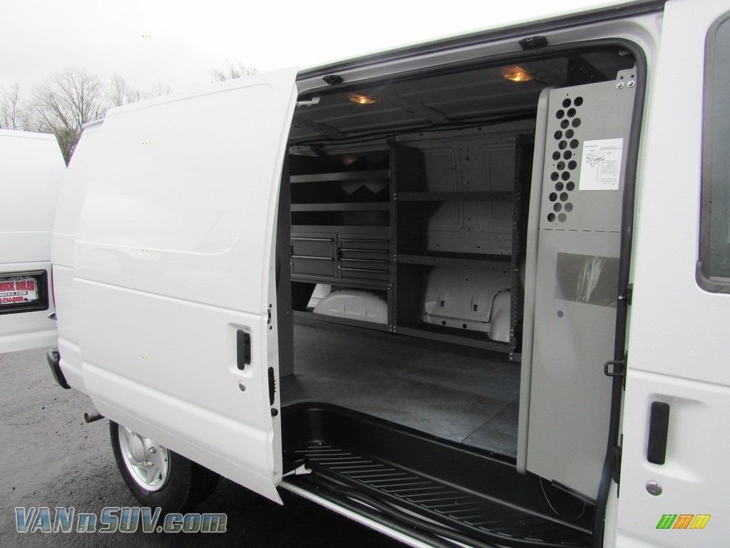 2012 E Series Van E150 Cargo - Oxford White / Medium Flint photo #13