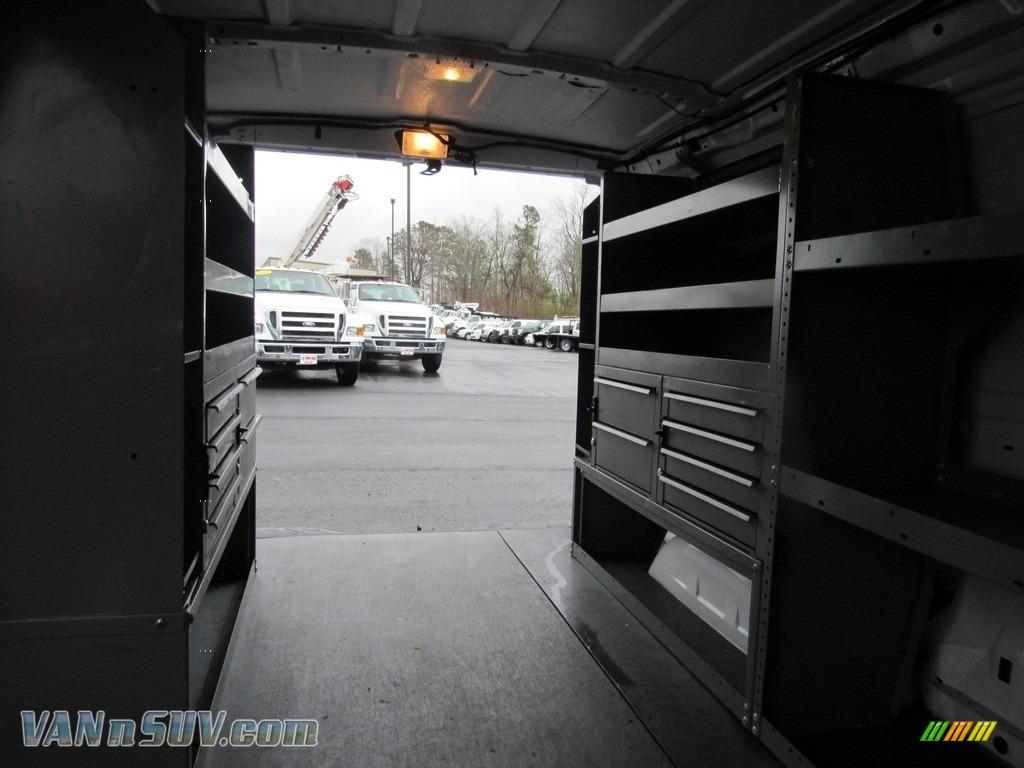 2012 E Series Van E150 Cargo - Oxford White / Medium Flint photo #15