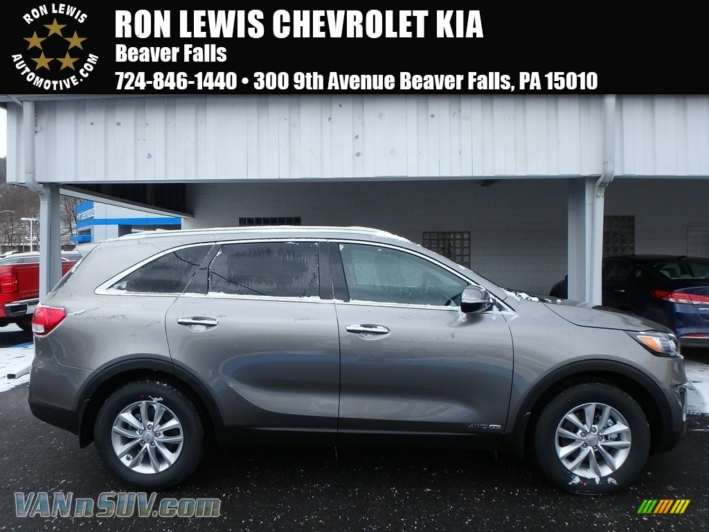 2018 Sorento LX V6 AWD - Titanium Silver / Black photo #1
