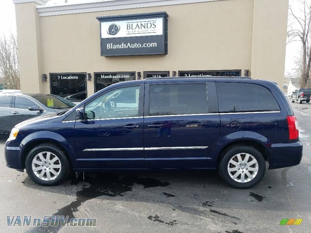 2014 Town & Country Touring - True Blue Pearl / Dark Frost Beige/Medium Frost Beige photo #1