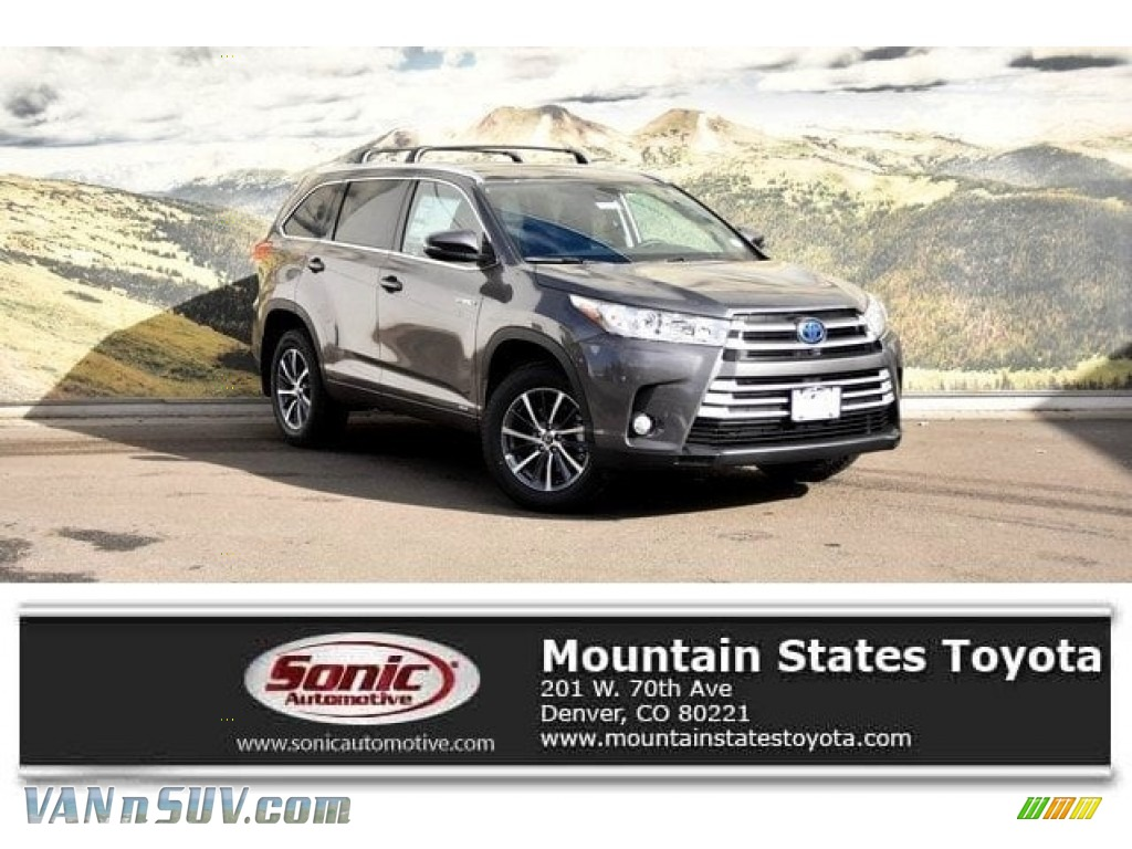 2018 Highlander Hybrid XLE AWD - Predawn Gray Mica / Black photo #1
