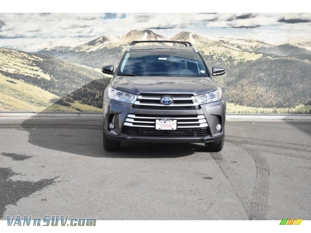 2018 Highlander Hybrid XLE AWD - Predawn Gray Mica / Black photo #2