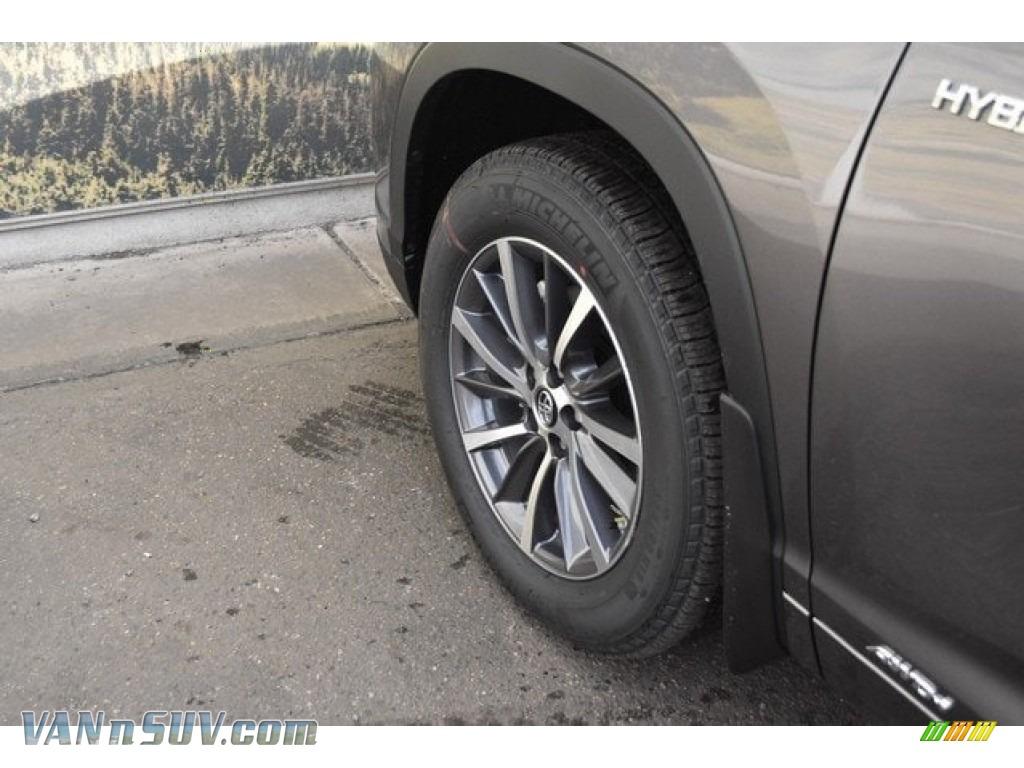 2018 Highlander Hybrid XLE AWD - Predawn Gray Mica / Black photo #33