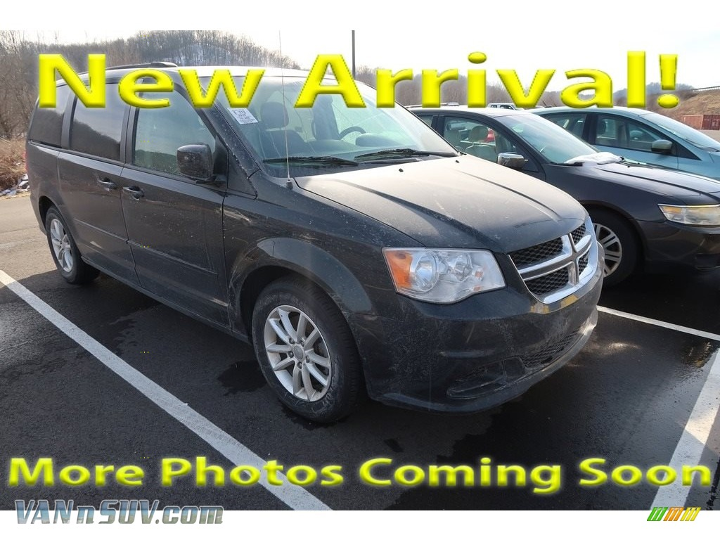 2016 Grand Caravan SXT - Brilliant Black Crystal Pearl / Black/Light Graystone photo #1