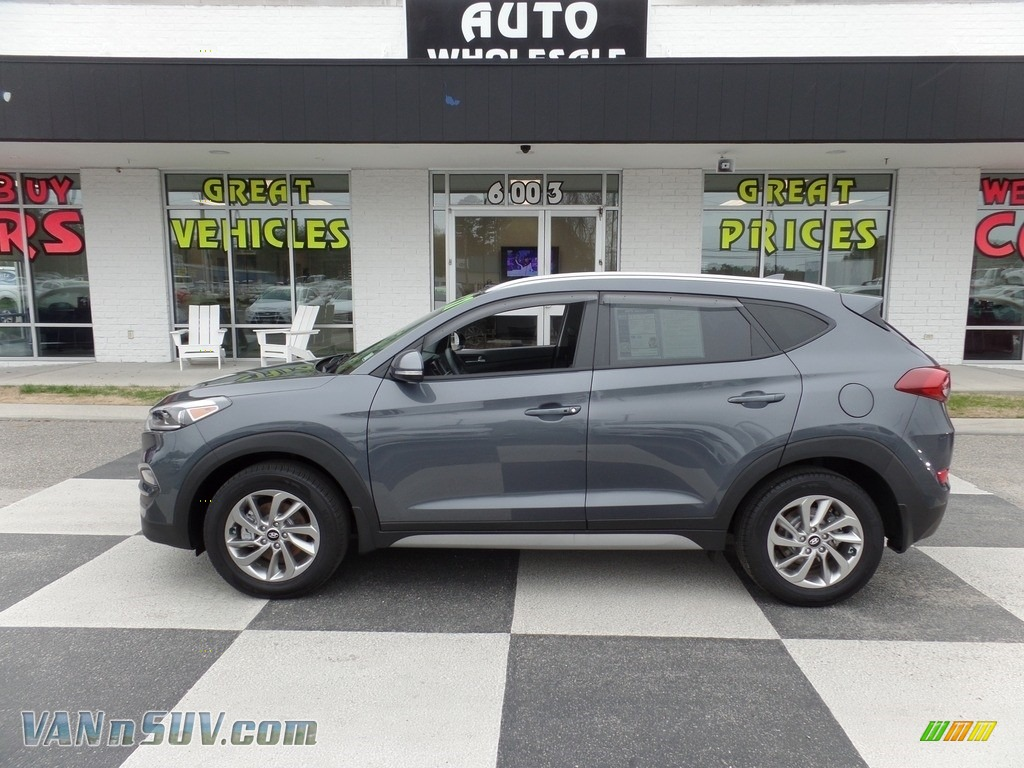 2017 Tucson SE AWD - Coliseum Gray / Black photo #1