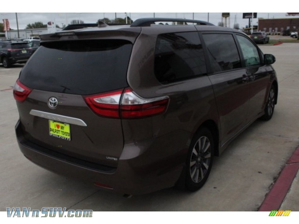 2018 Sienna Limited - Toasted Walnut Pearl / Gray photo #8