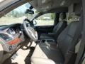 Chrysler Town & Country Touring - L Cashmere Pearl photo #16