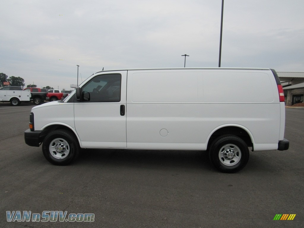 2013 Express 2500 Cargo Van - Summit White / Medium Pewter photo #2
