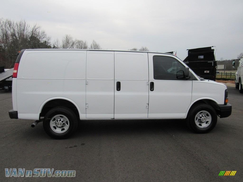 2013 Express 2500 Cargo Van - Summit White / Medium Pewter photo #6