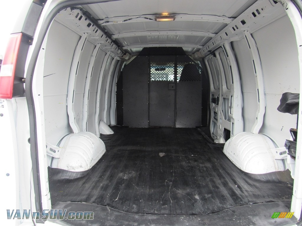 2013 Express 2500 Cargo Van - Summit White / Medium Pewter photo #10