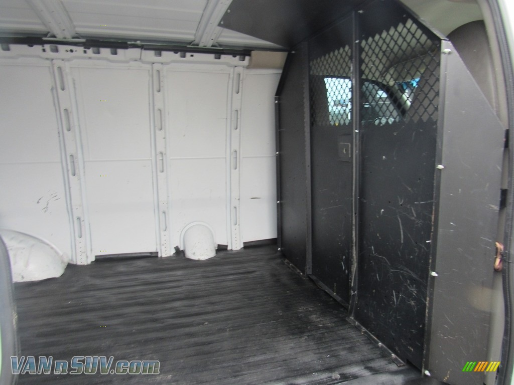 2013 Express 2500 Cargo Van - Summit White / Medium Pewter photo #14