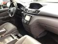 Honda Odyssey Touring Crystal Black Pearl photo #25