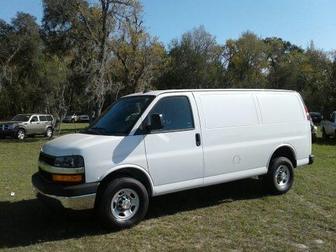 Summit White 2018 Chevrolet Express 2500 Cargo WT