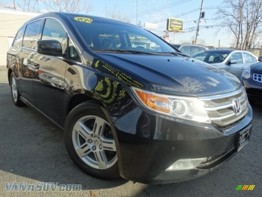 2011 Odyssey Touring - Crystal Black Pearl / Truffle photo #1