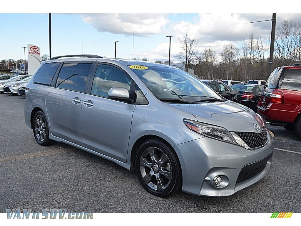 2015 Sienna SE - Silver Sky Metallic / Black photo #1