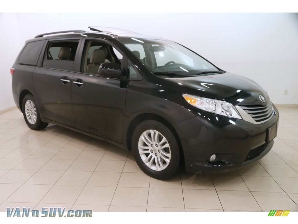 2015 Sienna XLE - Attitude Black / Bisque photo #1