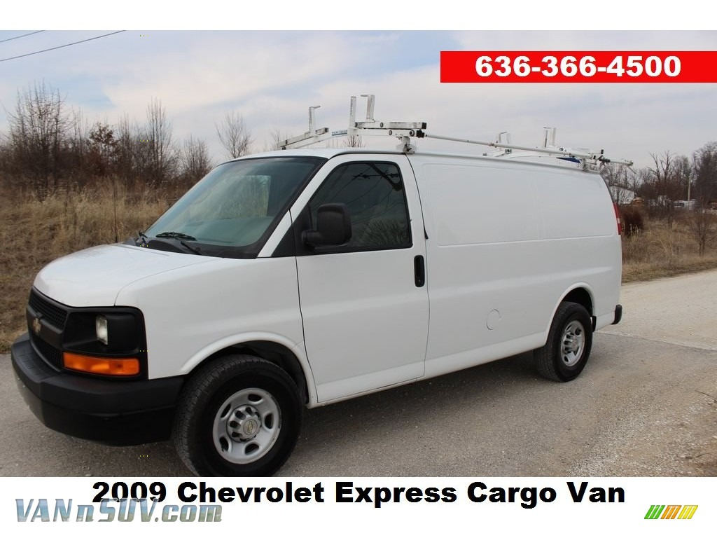 2009 Express 2500 Cargo Van - Summit White / Medium Pewter photo #1