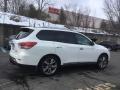 Nissan Pathfinder Platinum 4x4 Moonlight White photo #4