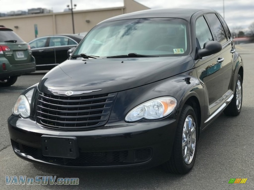Brilliant Black Crystal Pearl / Pastel Slate Gray Chrysler PT Cruiser LX