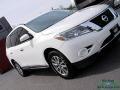 Nissan Pathfinder SL Moonlight White photo #30