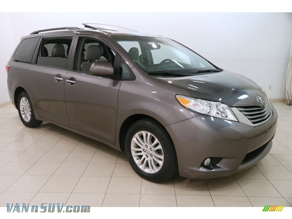 2015 Sienna XLE - Predawn Gray Mica / Ash photo #1