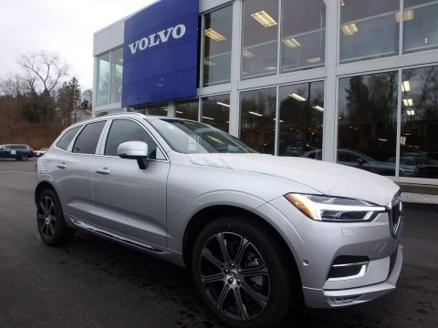 Electric Silver Metallic 2018 Volvo XC60 T6 AWD Inscription
