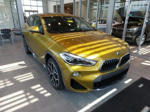 Galvanic Gold Metallic 2018 BMW X2 xDrive28i
