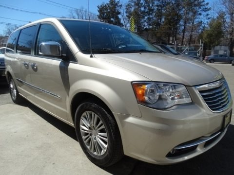 Cashmere/Sandstone Pearl 2015 Chrysler Town & Country Touring-L