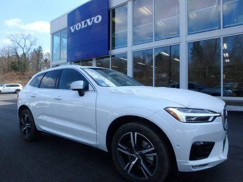 Crystal White Metallic 2018 Volvo XC60 T6 AWD R Design
