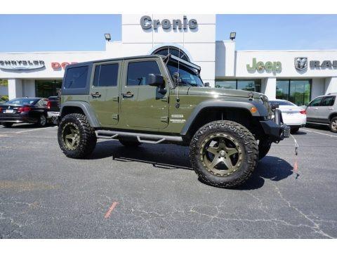 Tank 2015 Jeep Wrangler Unlimited Sport 4x4