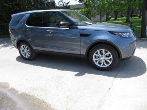 Byron Blue Metallic 2018 Land Rover Discovery SE