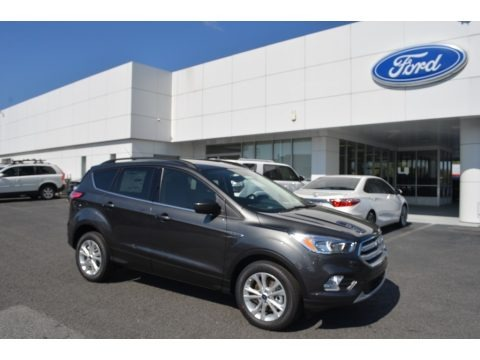 Magnetic 2018 Ford Escape SE 4WD