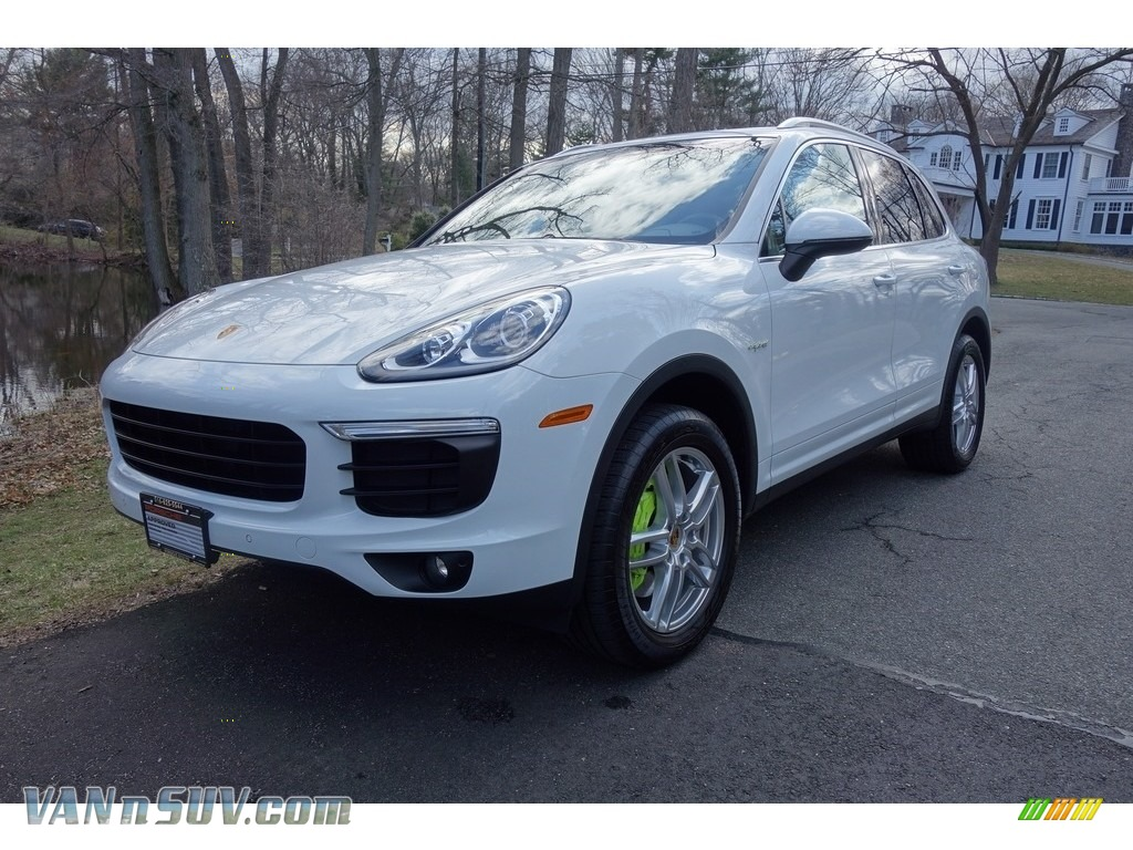 2016 Cayenne S E-Hybrid - White / Black/Luxor Beige photo #1