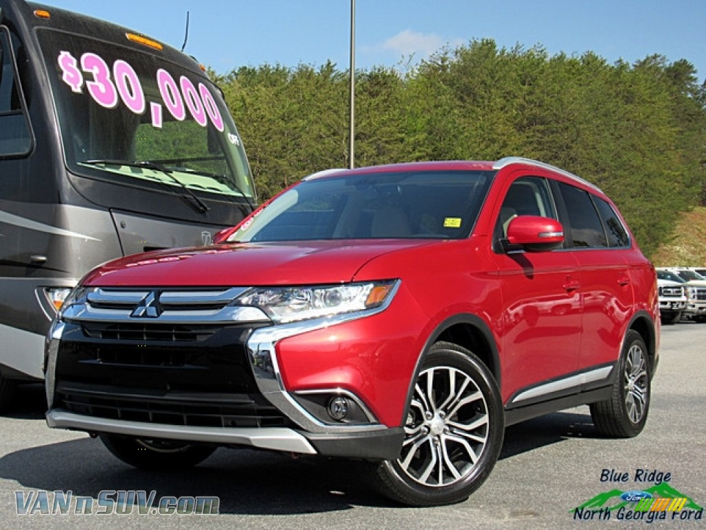 2018 Outlander SEL - Rally Red Metallic / Beige photo #1