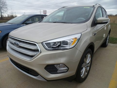 White Gold 2018 Ford Escape Titanium 4WD